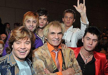 Скрытая камера в канцертном зале трусы поп звезд